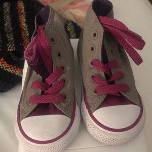 Converse Shoes - Toddler converse size 5
